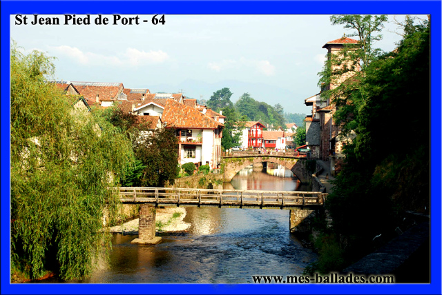 Le village medieval de saint jean pied de port 64220 - Saint jean pied de port saint jacques de compostelle distance ...