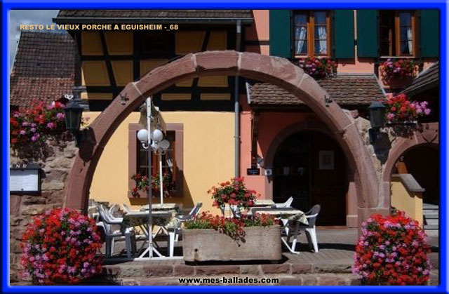le beau village d 39 eguisheim en alsace 68240. Black Bedroom Furniture Sets. Home Design Ideas