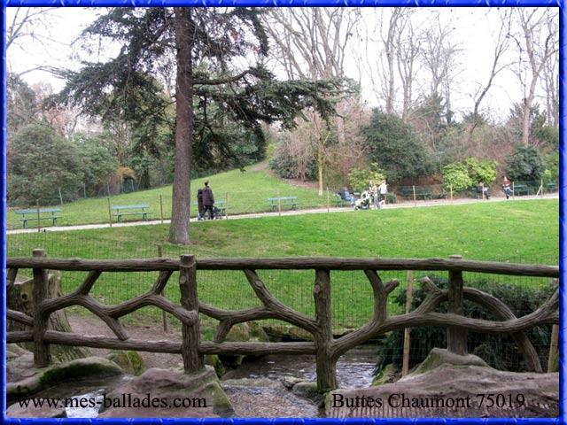 Le parc des buttes chaumont a paris 75019 for Le jardin 75019