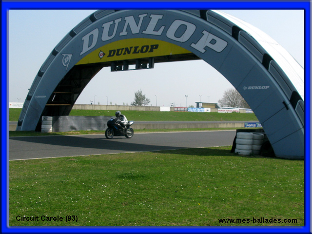 un tour de bolide au circuit carole a tremblay en france 93290. Black Bedroom Furniture Sets. Home Design Ideas