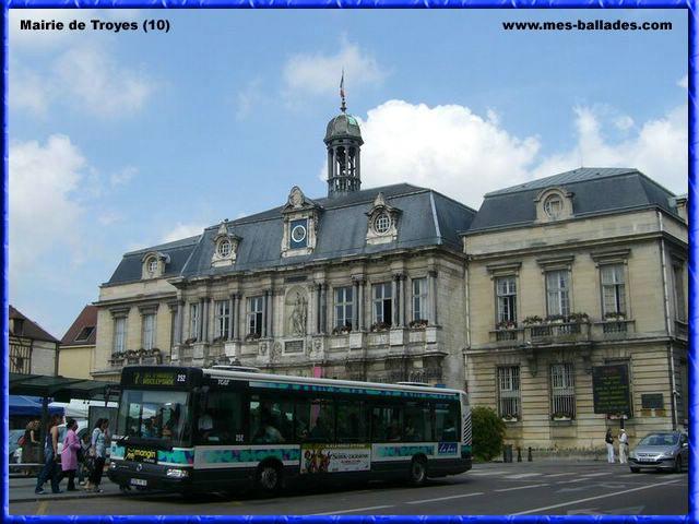 La Belle Ville De Troyes Dans L 39 Aube 10000